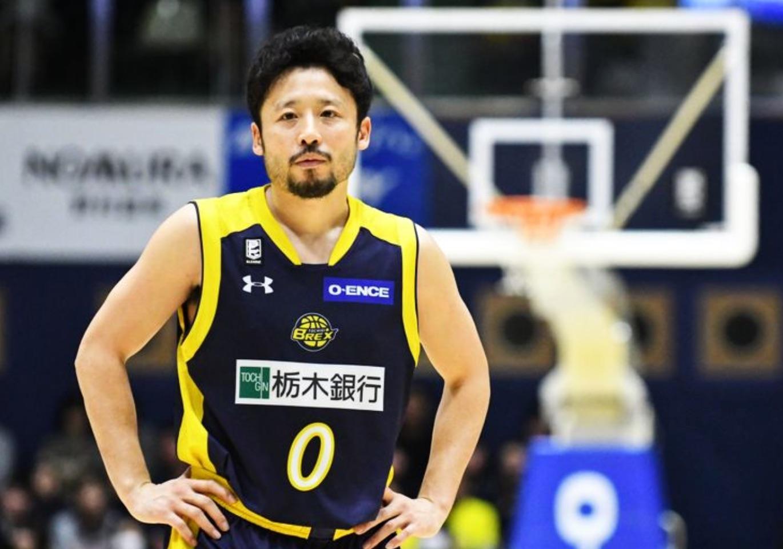 日本人唯一のNBA経験者『田臥勇太』は、バッシュを履くのに15分以上かけるほど足を大切にしている。