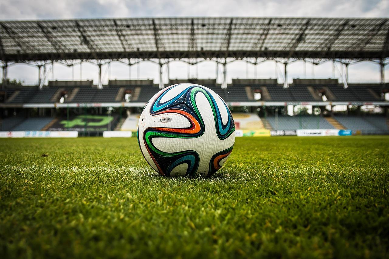 サッカー日本代表に物申す。選手を試す時期ではなく、チームを熟成させる時期でしょ!