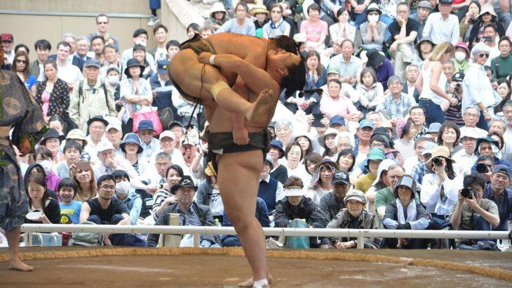 大相撲九月場所開幕間近!巡業でのお楽しみ『初切(しょっきり)』は名人芸です!