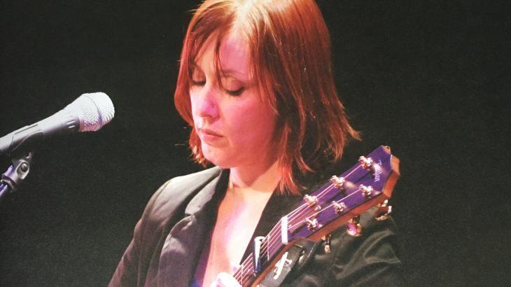 スザンヌ・ヴェガ「ルカ」 地域スポーツや音楽が、児童虐待撲滅に役立つといいなあ