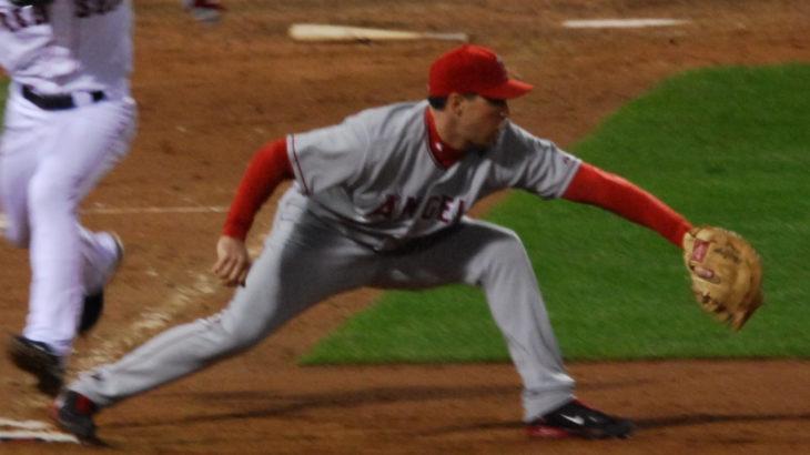 もう一度『一塁手』の大切さを考えてみる。内野の好プレーを支えるナイスキャッチ!