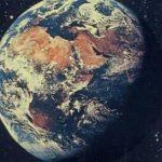 たしか35年前 「奇跡の地球」 初めて聴いたときこんな組み合わせがあるんだ・・と心底びっくりした瞬間だった