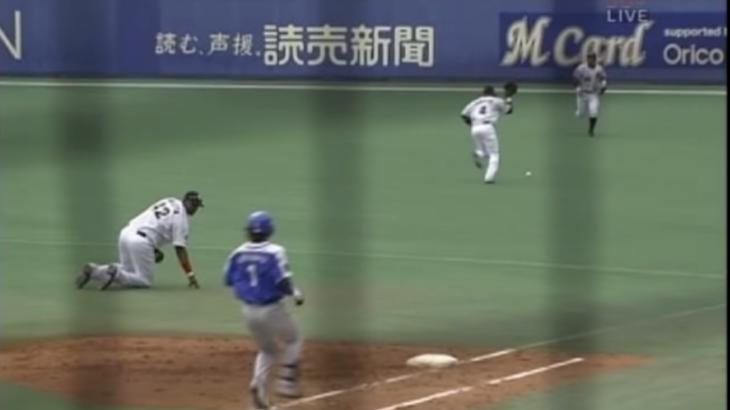 野球でグラブを投げつけてボールに当たった場合はどうなるの?【安全進塁権】