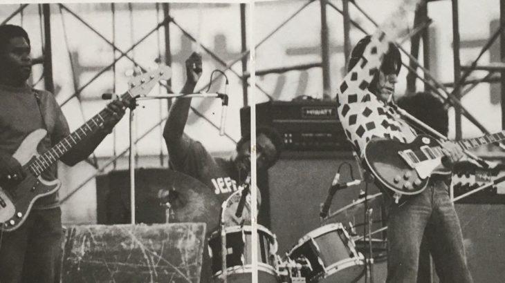 ジェフ・ベックが1985年にリリースした当時5年ぶりの「フラッシュ」、ナイル・ロジャースを迎えた時代の流れ