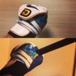 ディマリニのバッティンググローブの『フローティング構造』が手の甲の突っ張り感なしへ!