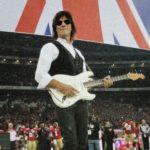 大忙しの2010年 最後の仕事がウェンブリー・スタジアム  穏やかに粛々とでは終われないジェフの茶目っ気がほとばしったエンディング